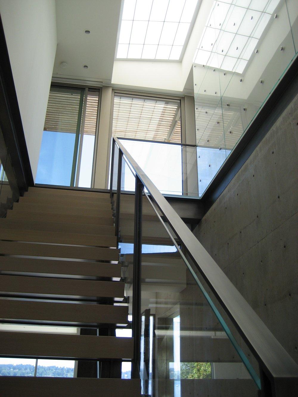 Croco Stair Stringer & Rail.JPG