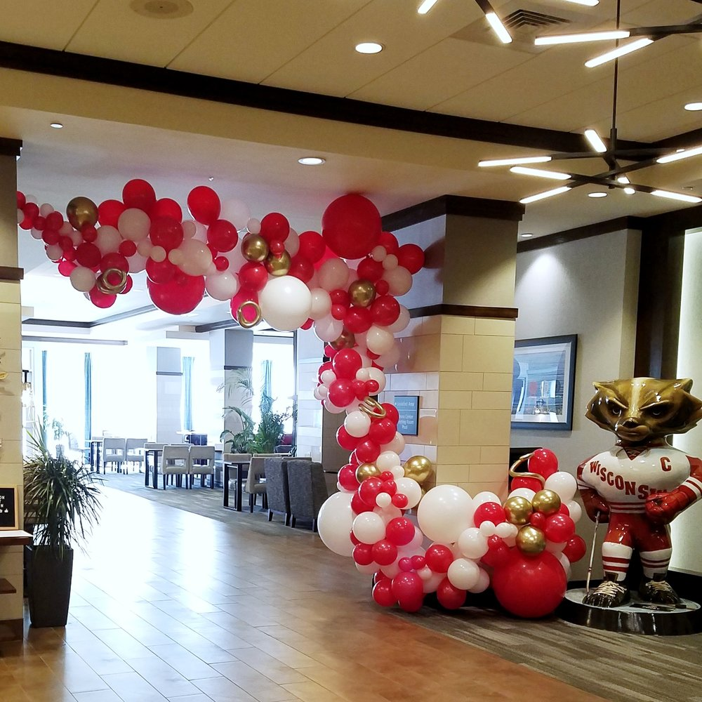 Hampton Inn & Suites Downtown Madison Homecoming 2019