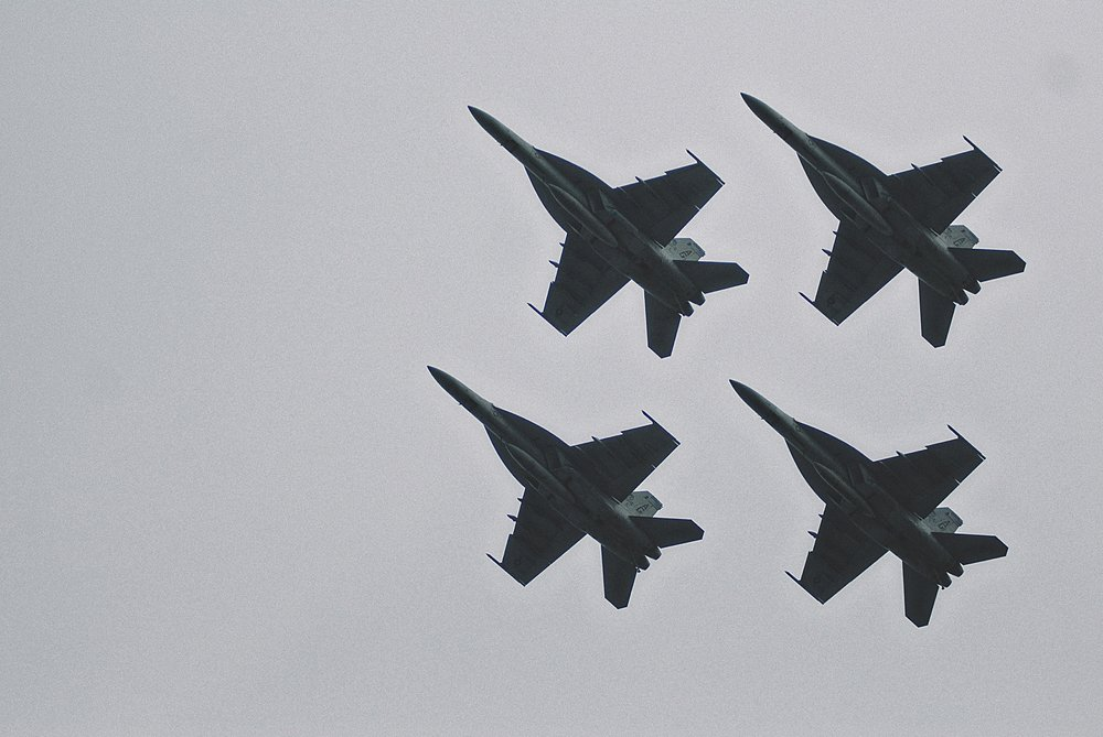 14-jets-flyover-stadium-during-army-navy-game.jpg