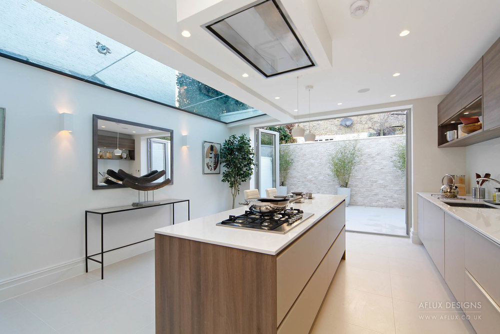 Parsons Green - LONDON SW6A dilapidated house fully renovated for a family to create an open entertaining space extending to the rear patio, with neutral colours allowing our clients to add their touch to the modernised space.