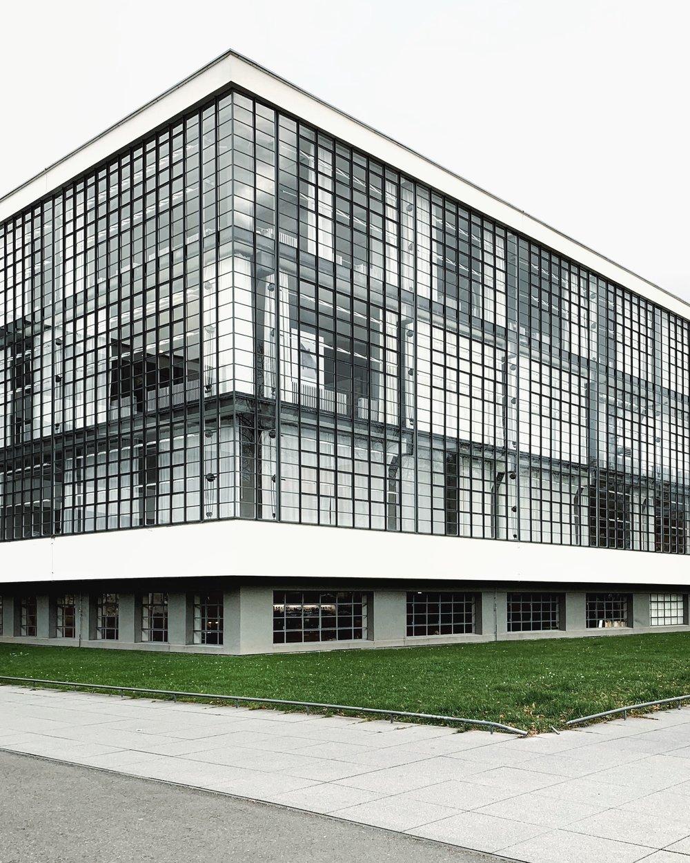 Dessau Bauhaus Facade Littlemycph.JPG