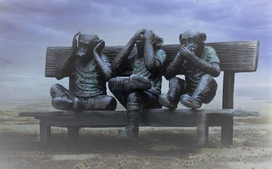 Three foolish monkeys on a platform…