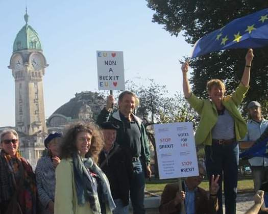 Members of LibDems in France and RIFT assembled, on a bright sunny day, in Limoges, to take part in a manifestation on Peoples Vote March Day, 20th October 2018