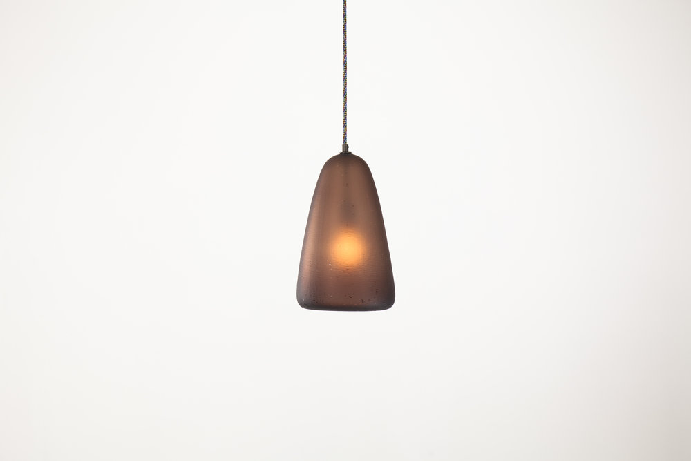 TOKENLIGHTS Gumi Pendant Collection Aubergine Dunce