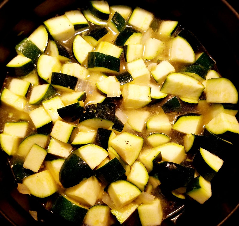 Vegan Zucchini Basil Soup.jpg