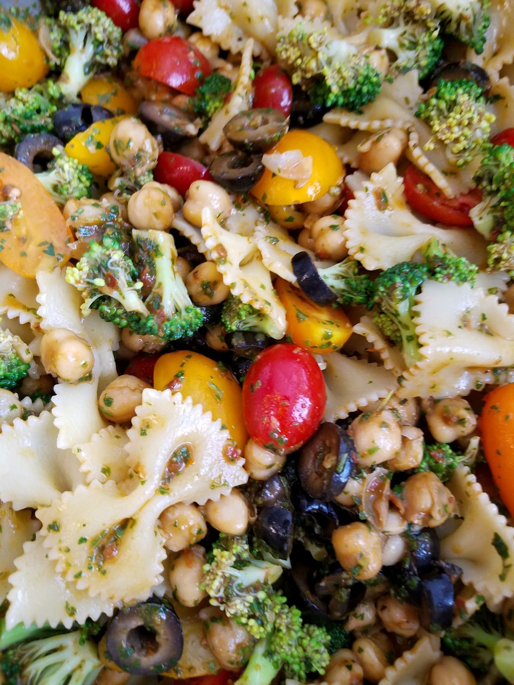 Broccoli Pasta Salad with Fresh Italian Herb Dressing