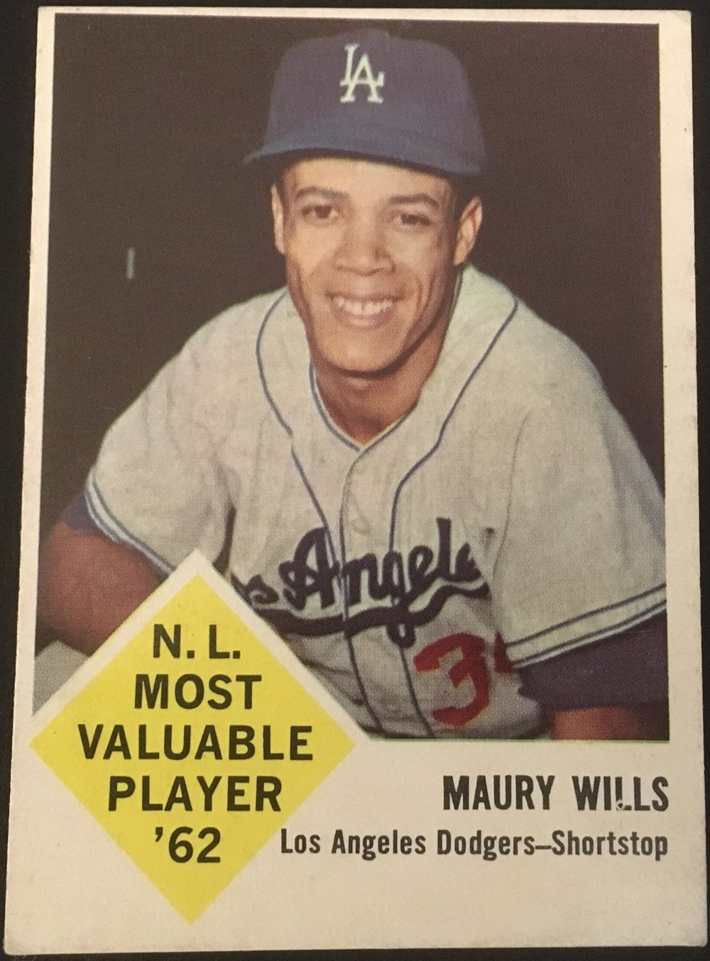 Maury Wills was the prize exclusive contract for Fleer which only further angered Topps.