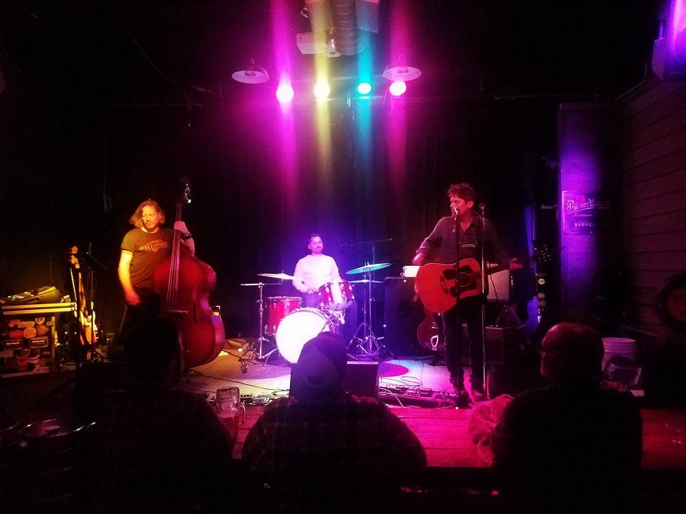 Trio at the Bohemian Biergarten (2.6 MB)