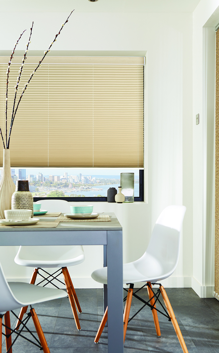 Pleated blind in Basix Bisque