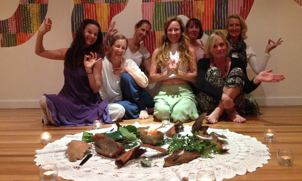BODY TEMPLESACRED WOMEN'S CIRCLE - If connecting with yourself and your body is a goal for you this year, there's no better way to start than to join Carol for this very special event next week.She will guide you through meditation,dance,a sound bath and more - encouraging curiosity and wonder - to finally enjoy being in your own body and to experience the sacred connection between your body, mind and spirit.Friday 2nd March, 6 - 8.30pm, with Carol