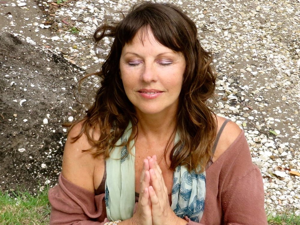 HEALING SOUND SESSION - WITH JO KELLYBathe your soul in soothing sound as we chant and sing sacred mantras, then lay down and experience deep rest as Jo's beautiful voice and gentle hypnotic rhythms take you on a journey into healing peace.Listen to Jo hereStay behind for chai and snacks for a small donation.Saturday 15th December, 3-5pm$35