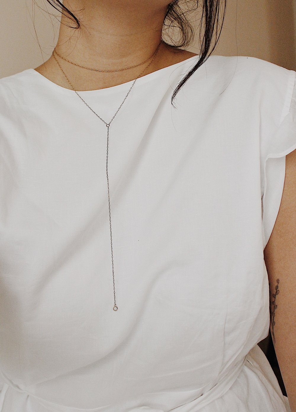 From top to bottom: Catbird  Sweet Nothing Choker  //  One Six Five  Drop Chain Necklace (unavailable but similar option  here )