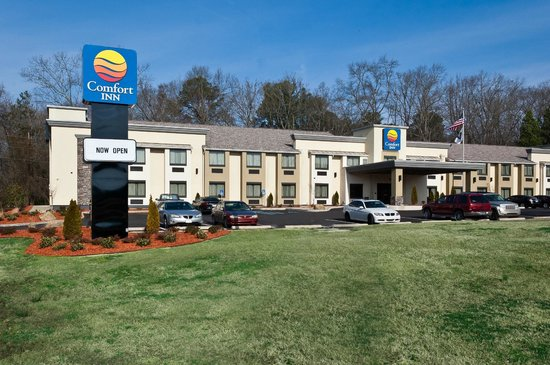 COMFORT INN - $94 IF BOOKED BEFORE 3/22/18CALL: (662) 269-1508ACCESS CODE: SMERF