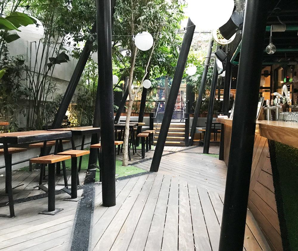 Terminus-urban-jungle-beer-garden2.jpg