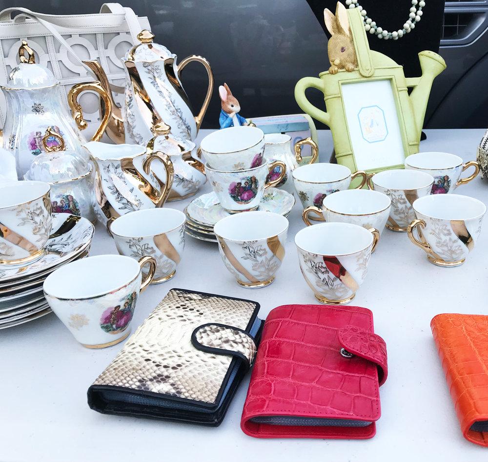 Camberwell-Market-teaset-purses.jpg