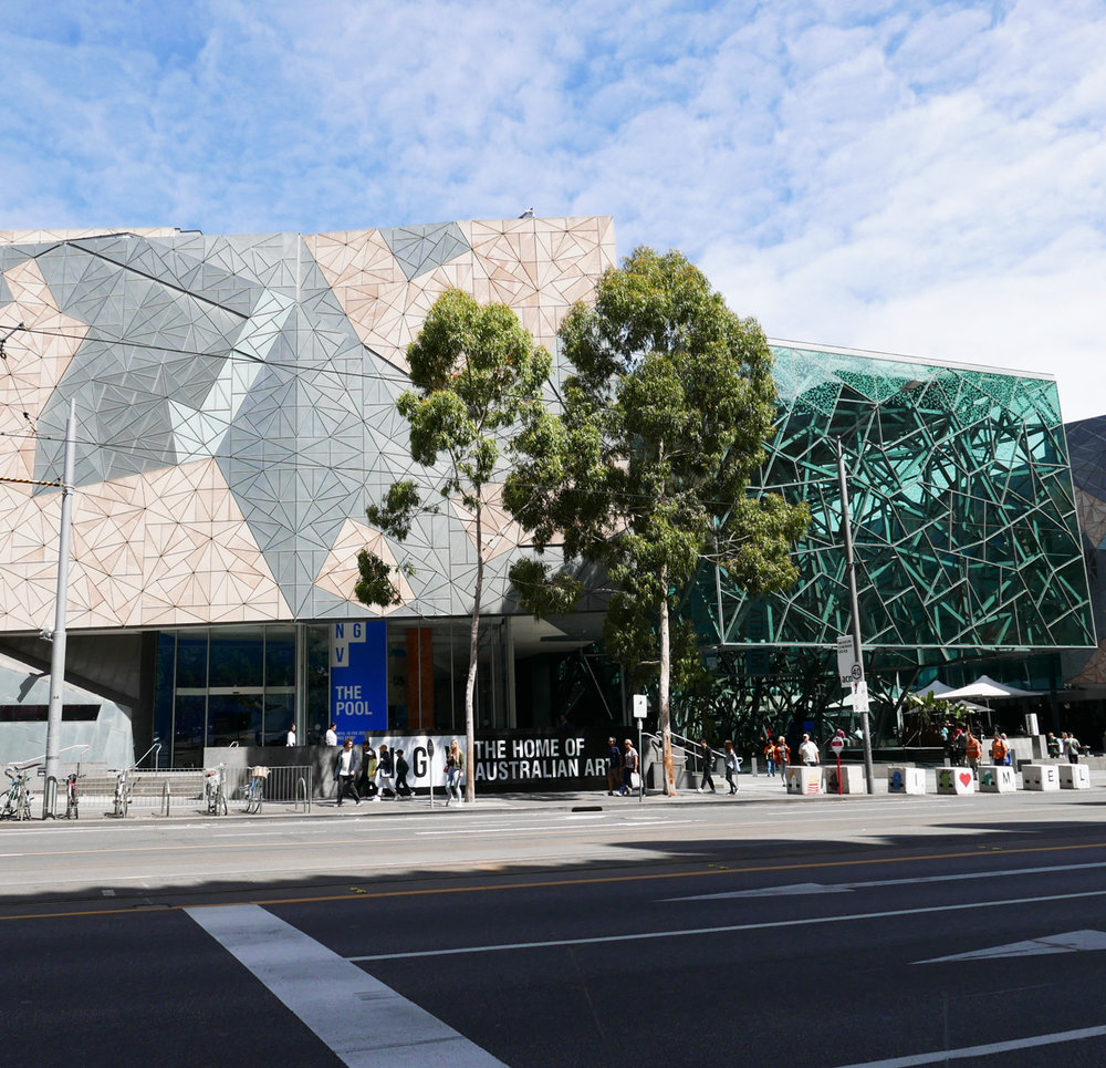 Looking at the north west corner of Fed Square.  (Glass Atrium on the right)