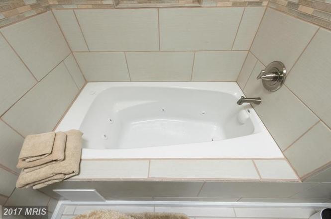 bath old3.jpg