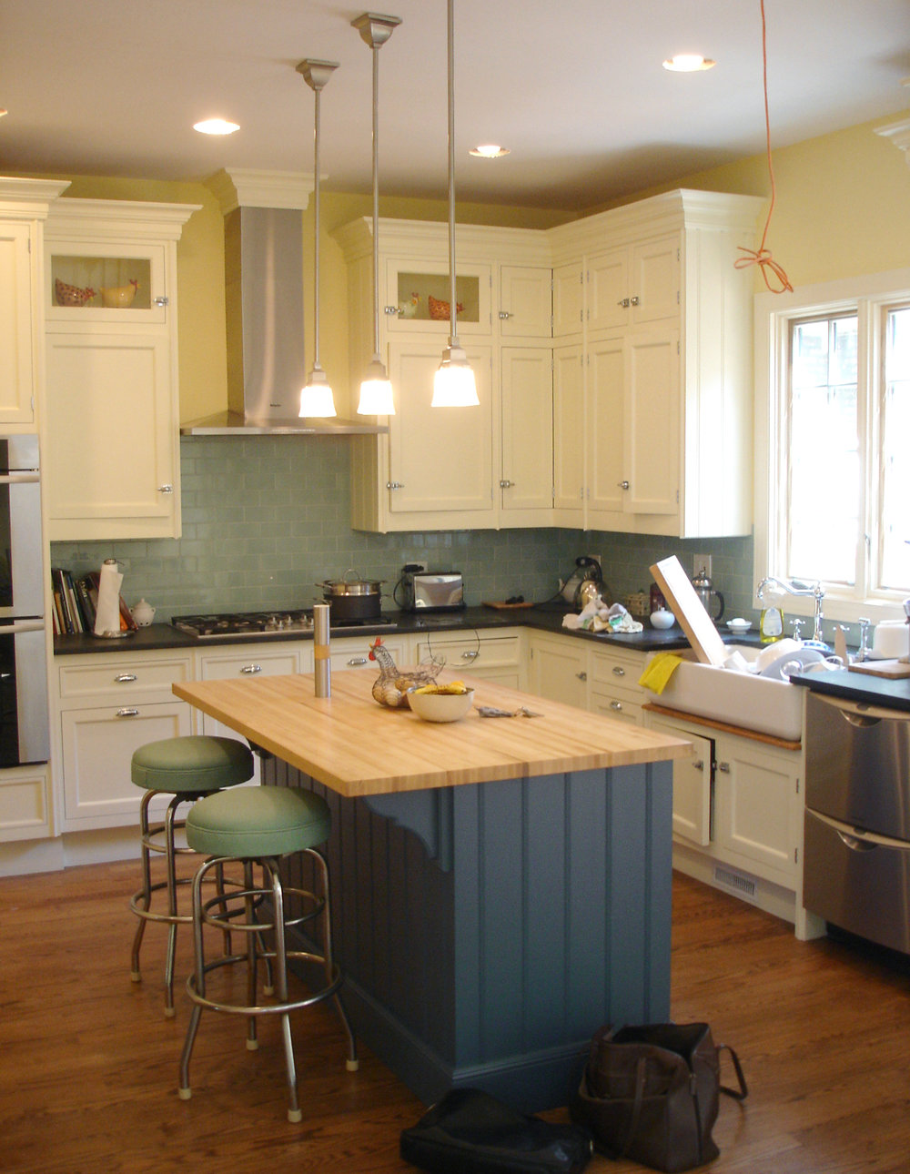 custom single-family residential home renovation, 1920s four-bedoom house, new kitchen, kitchen island, interior