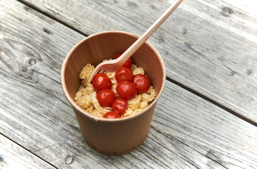 PASTA - Hausgemachte Pasta zum Beispiel hergestellt mit Bio-Vollkorngriess, Dinkel oder Buchweizenmehl. Wünschst Du dazu lieber eine Zitronen-Chili- oder Orangen-Curry-Sauce?