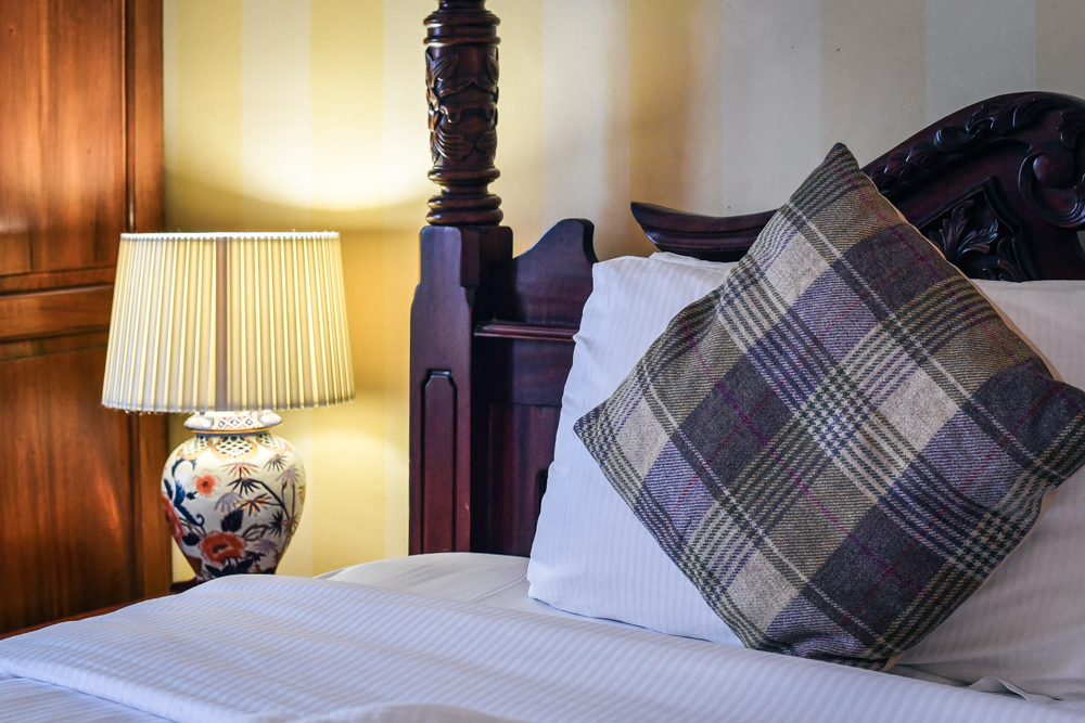 Super Sunday Offer   One night stay with a meal for two & bottle of wine   From £79