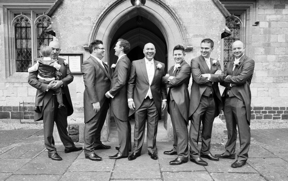 groomsmen-church