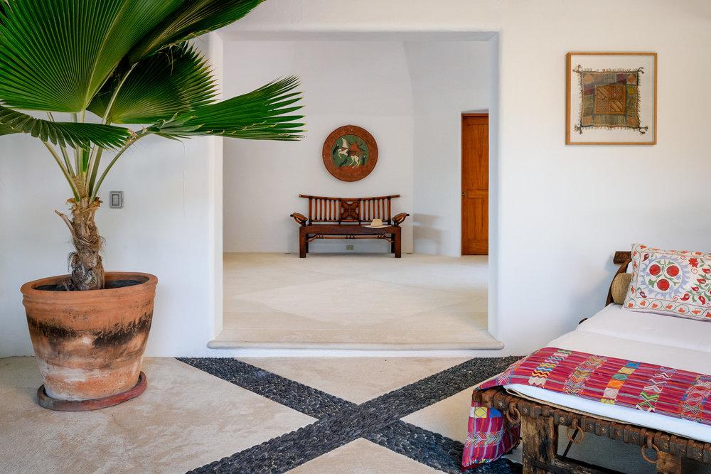 13-Living room and hall.jpg