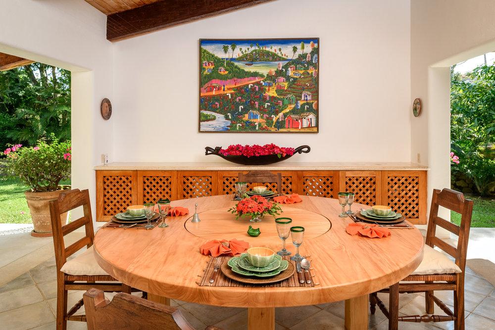 15-Dining room.jpg