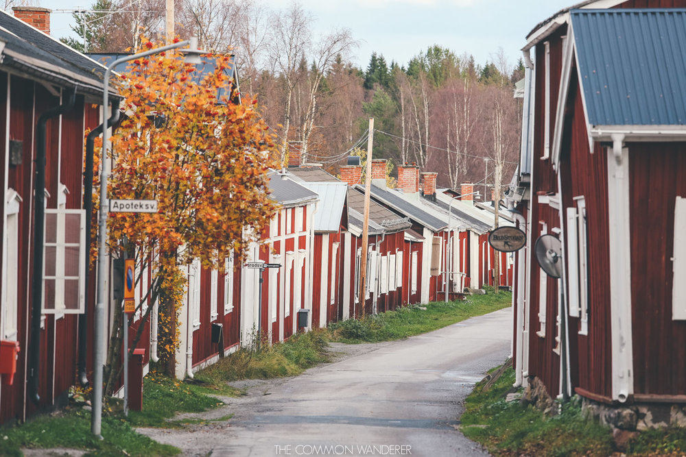 wandering the red cabins of Gammelstad Church town