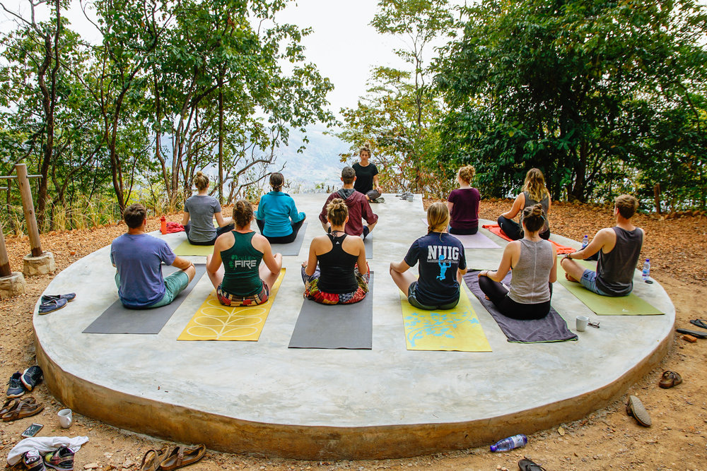 The Common Wanderer - Yoga in Malawi
