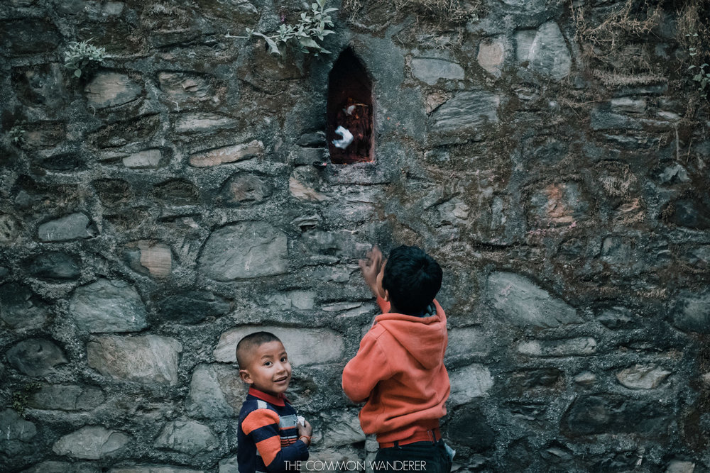 two local boys play in the annapurna circuit
