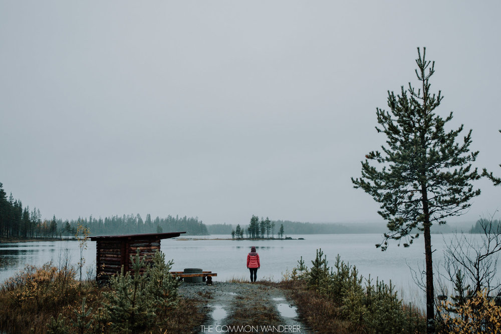 foggy days by the lake in Swedish Lapland -things to know before visiting Swedish Lapland