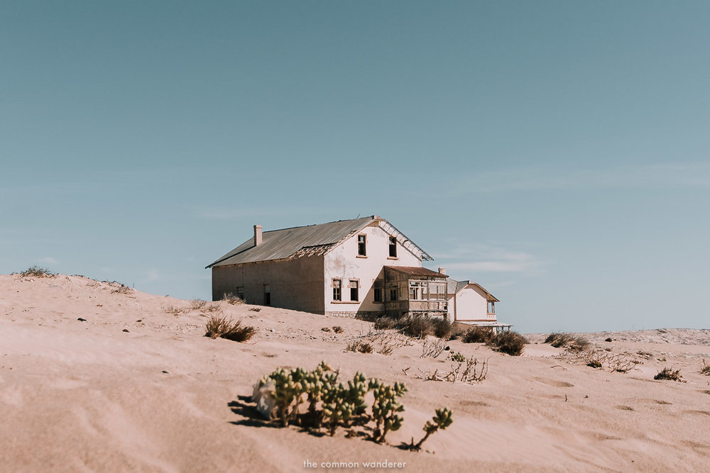 A dilapidated house in Kolmanskop ghost town, Namibia