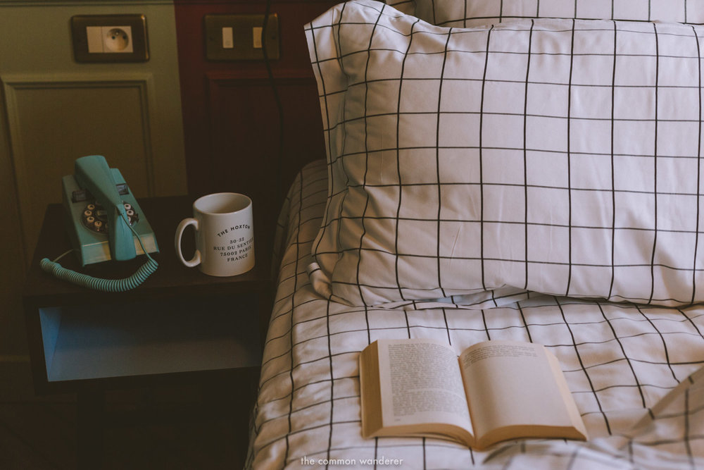 The perfect spot for some quiet reading and tea in our cosy room at the Hoxton Paris - THECOMMONWANDERER.COM