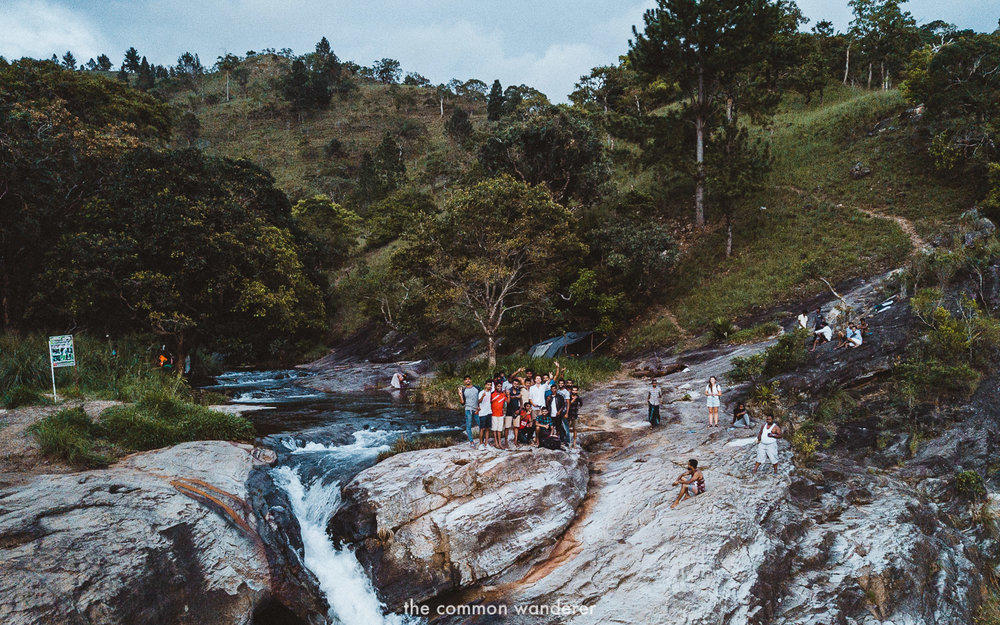 Hanging out with locals on the top of Diyaluma falls | Diyaluma Falls guide