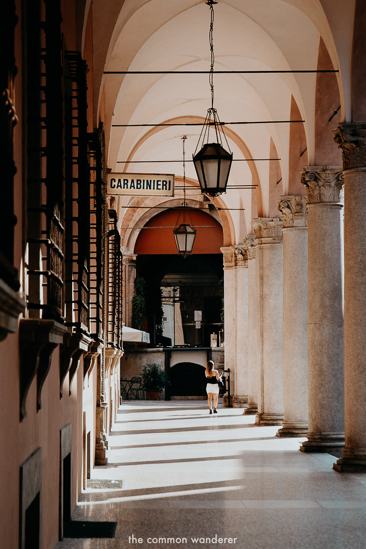 Best things to do in Bologna | Walking the historic Porticoes