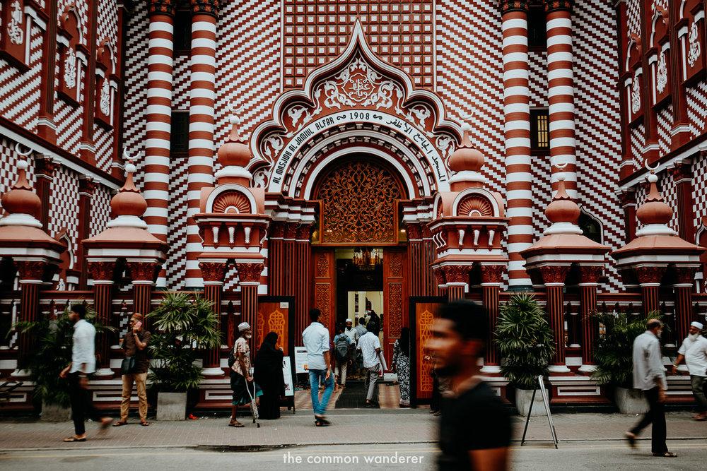 Jami Ul-Alfar Masjid (red Mosque)