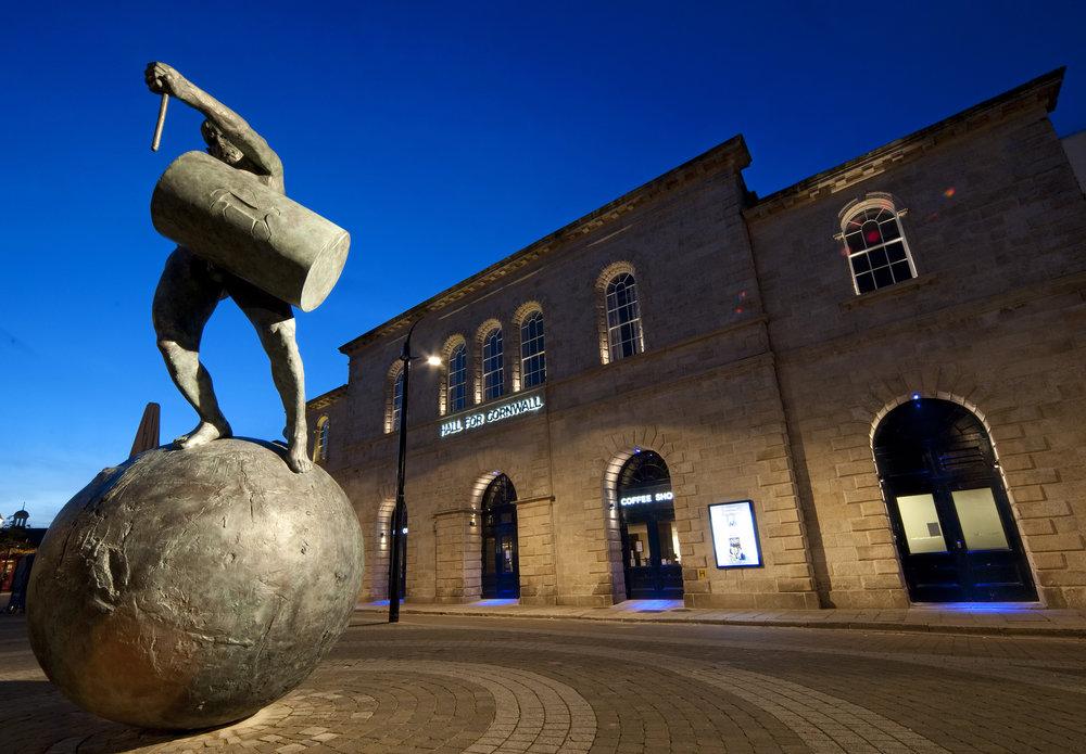 0811-0132 Hall for Cornwall at night.jpg
