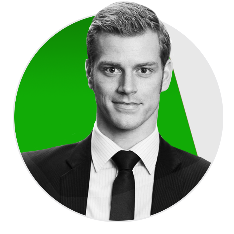 Rayk Hahne     Co-Founder Unternehmerwissen Unternehmensberater,Profisportler   Leistungssportler und Unternehmensberater. Rayk verbindet leidenschaftlich Sport und Unternehmertum: Podiumsplatzierung bei DM, EM & WM und erfolgreich im Unternehmer- und Familienleben. Eine Kombination, die sich viele wünschen. Er gibt Unternehmern seinen Trainingsplan und seine Herangehensweisen zur Weiterentwicklung ihres Unternehmens weiter. Mit seinem Podcast Unternehmerwissen in 15 Minuten gehört er zu den führenden Wirtschaftspodcasts in Deutschland.  Mehr über Rayk erfahrt ihr auf  www.raykhahne.de