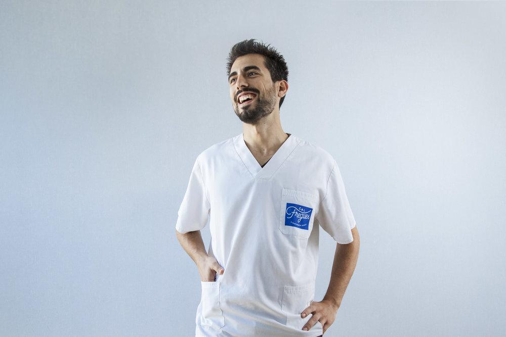 Joan Marc Fucho - FISIOTERAPEUTA · COL·LEGIAT NÚM. 11.058Especialitats: Quiromassatge, Neurologia, Mètode Perfetti, Tècniques manipulatives osteopàtiques (columna, pelvis i extremitats)