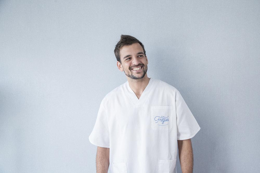 Albert Pont - FISIOTERAPEUTA I OSTEÒPATA · COL·LEGIAT NÚM. 11.394Especialitats: Tractament Osteopàtic, Integració emocional en osteopatia, Bases nutricionals i de teràpia ortomolecular, Perfeccionament de l'ajustament vertebral específic, Neurodinàmica i Biodinàmica.Actualment cursant PNL, SAT i fertilitat masculina.