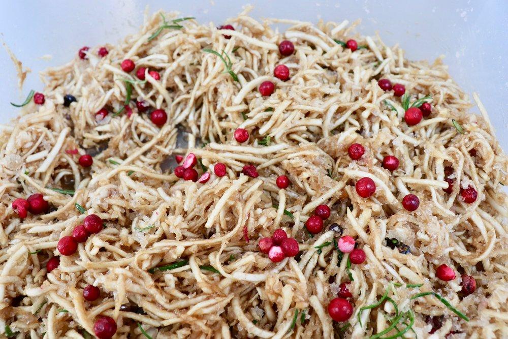 Lingonberry, junipers and celeriac salt cure