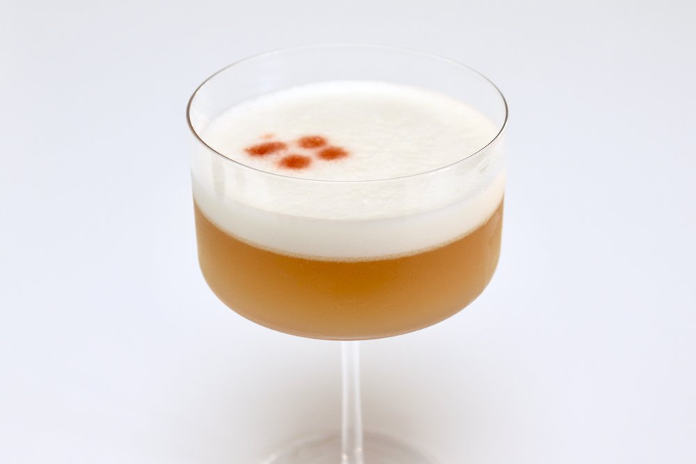 Classic Pisco Sour cocktail