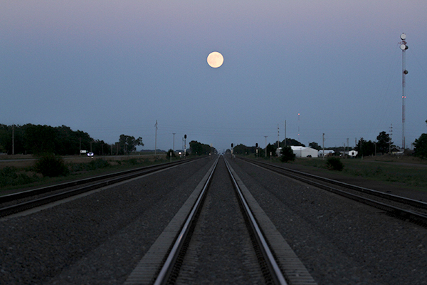 Railroad-moon.jpg