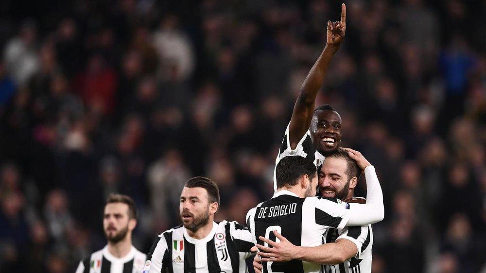 Juventus team, Gonzalo Higain, Blaise Matuidi, and De Siglio