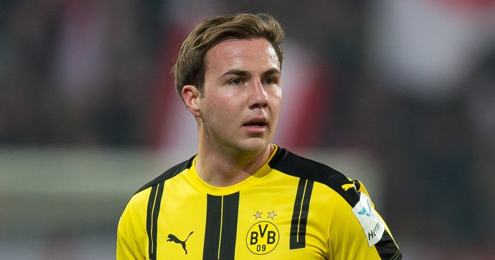 Mario Goetze of Germany controls the ball during the International friendly match between Germany and France at RheinEnergieStadion on November 14, 2017 in Cologne, Germany.