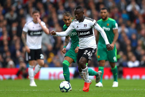 Jean Michael Seri of Fulham runs with the ball during the Premier League match between Fulham FC and Watford FC at Craven Cottage on September 22, 2018 in London, United Kingdom.  (Sept. 21, 2018 - Source: Dean Mouhtaropoulos/Getty Images Europe)