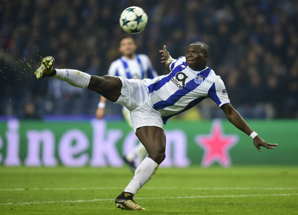 Porto's Cameroonian forward Vincent Aboubakar kicks the ball during their UEFA Champions League group G football match FC Porto vs Monaco at the Dragao stadium in Porto, on December 6, 2017. / AFP PHOTO / MIGUEL RIOPA  (Dec. 5, 2017 - Source: AFP)