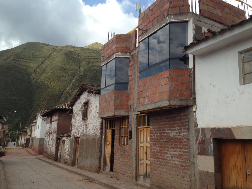PER AndahuaylillasNewConstruction2_2014.jpg
