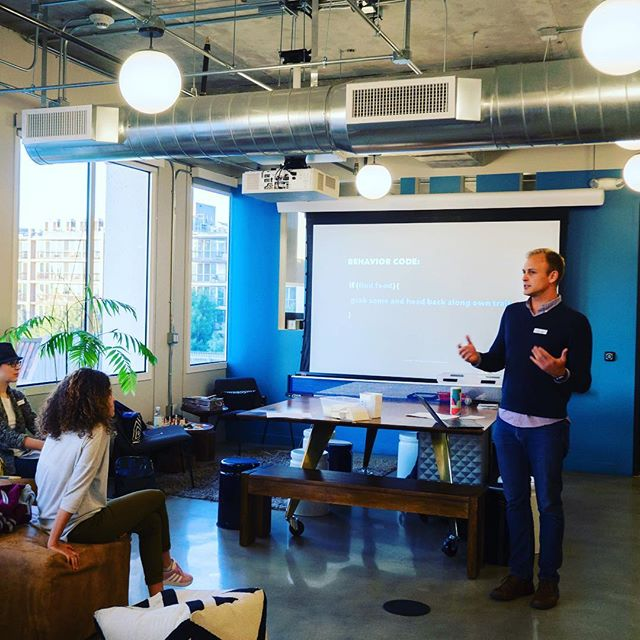 Such a treat to be part of a lineup of brilliant speakers at the Design Sprint Meetup put on by @thesixconsulting last week! What an inspiring and energizing community of innovators. Thanks to everyone who participated! • #design #sprints #innovation #leadership #culturechange #emergence #bioinspiration