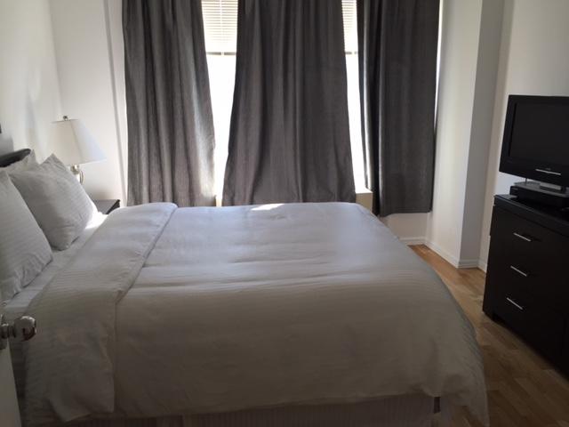 Tribeca Park 21J Bed.JPG